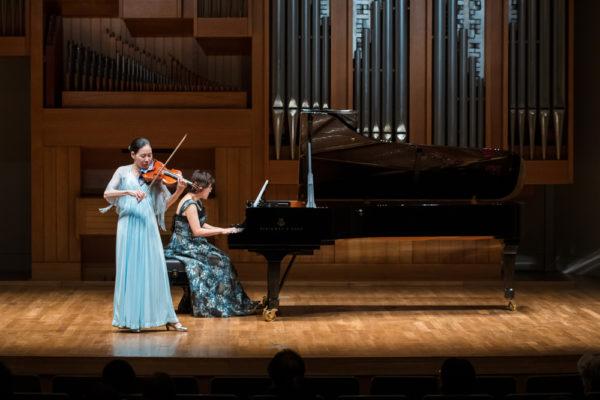 ヴァイオリンとピアノ演奏1